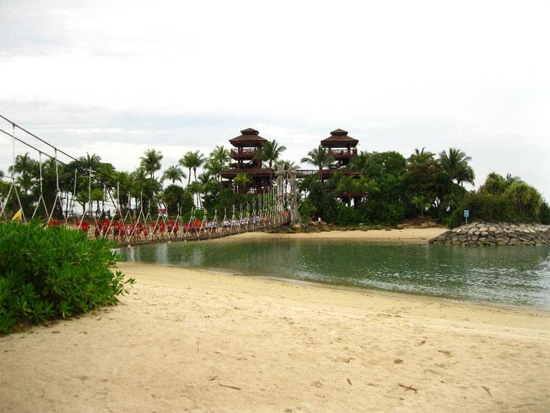 Пляж Palawan Beach