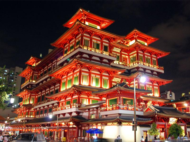 Чайна-таун - это главное место китайской культуры в Сингапуре