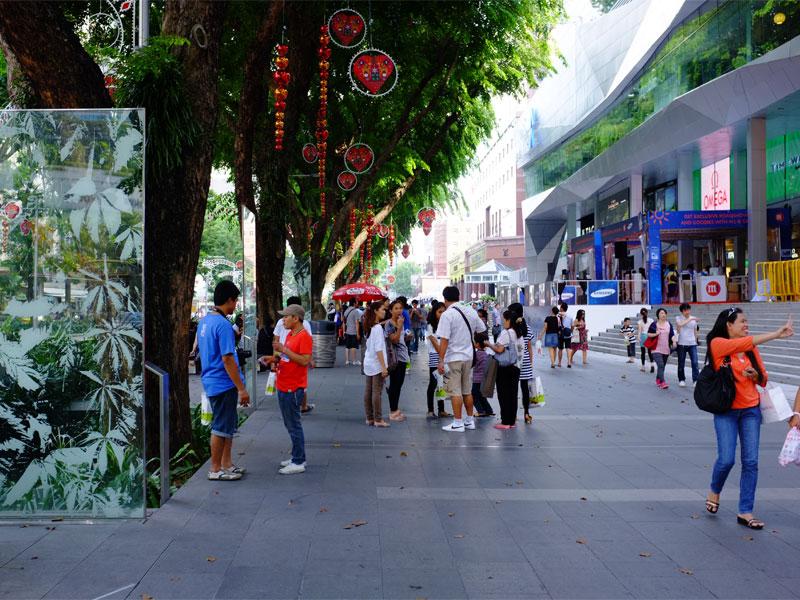 Улица Орчард Роуд в Сингапуре