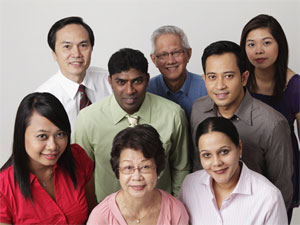В Сингапуре проживает несколько коренных национальностей