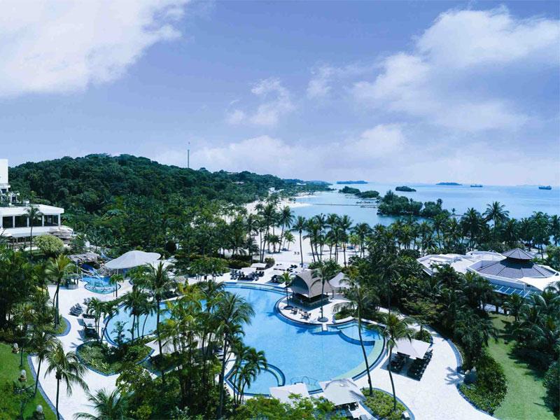 Основная пляжная инфраструктура в Сингапуре находится на острове Сентоза