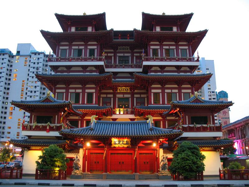 Храм Зуба Будды в Сингапуре