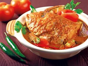 Рыбная голова под соусом карри (Fish Head Curry)