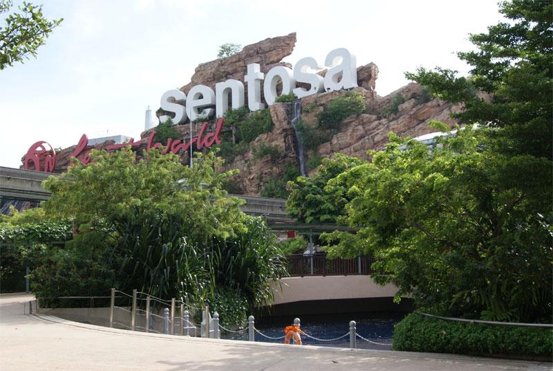 Интегрированный курорт Resorts World Sentosa в Сингапуре