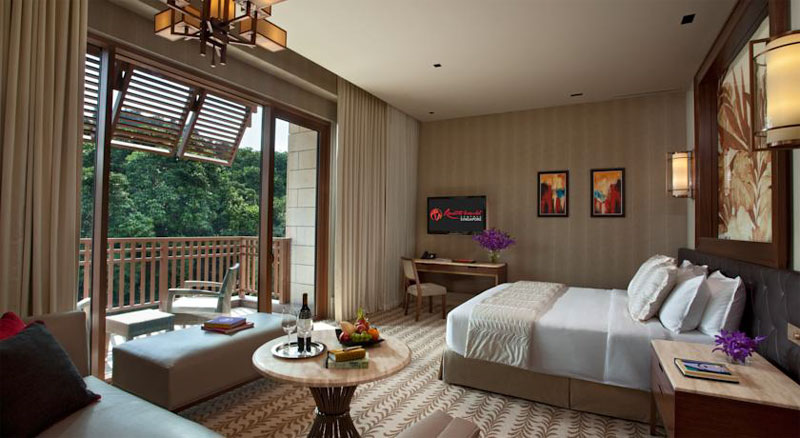 Отель Resorts World Sentosa - Equarius Hotel