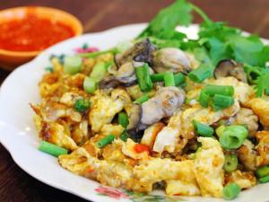 Омлет из устриц (Oyster omelette)