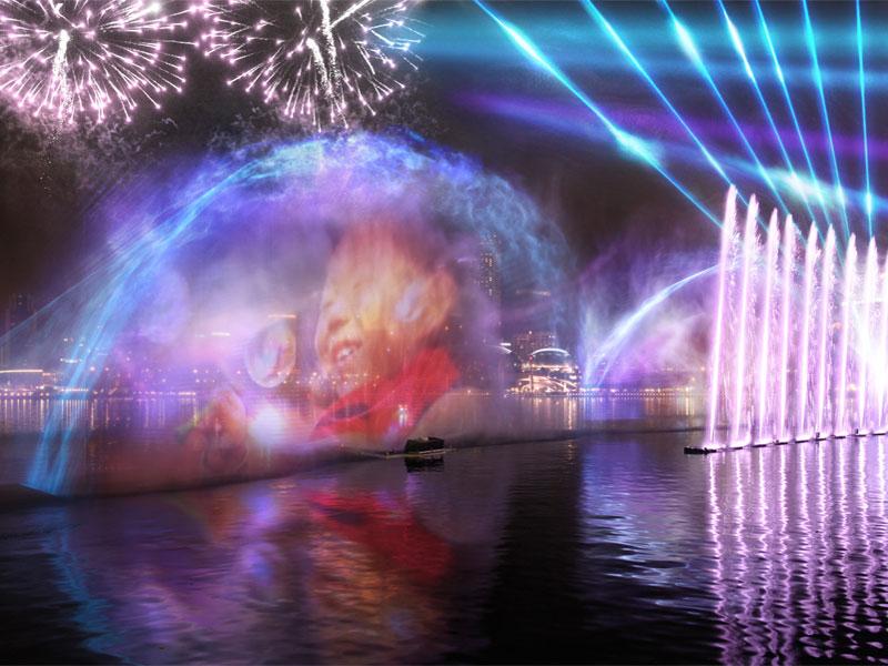 Изображение во время шоу создается на огромном экране из водяных брызг