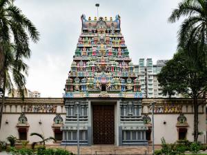 Храм Шри Тхендайютхапани в Сингапуре